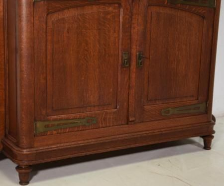 antik gro er buffet schrank jugendstil eiche massiv kredenz 1910 in nordrhein westfalen. Black Bedroom Furniture Sets. Home Design Ideas