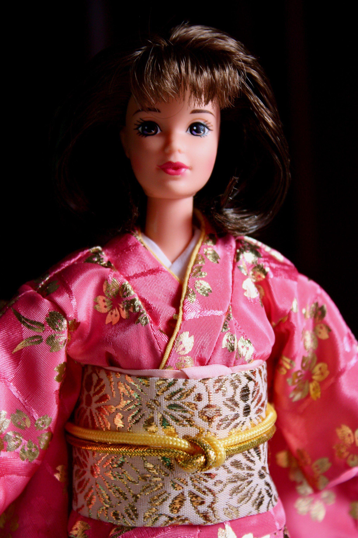 Happy New Year Oshugatsu Barbie doll