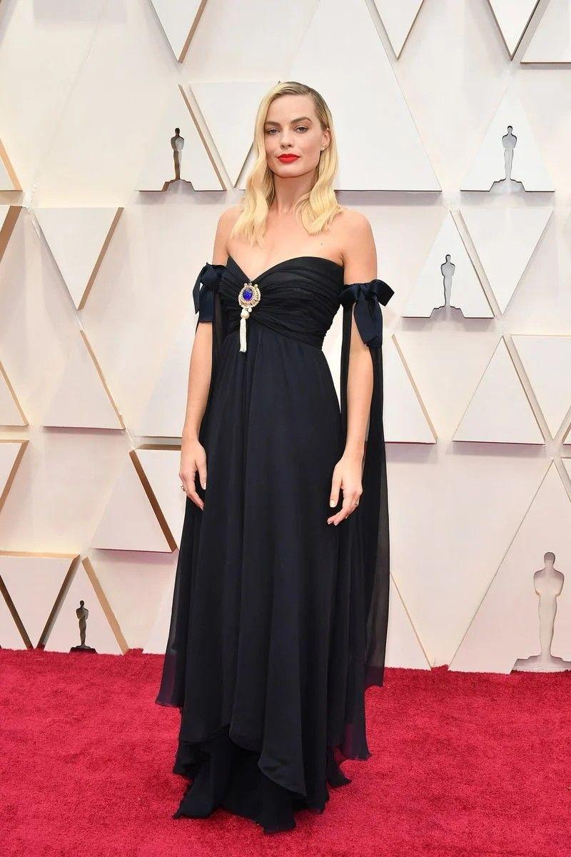 Pin by Allison Goodhartz on Fashion in 2020 Oscar