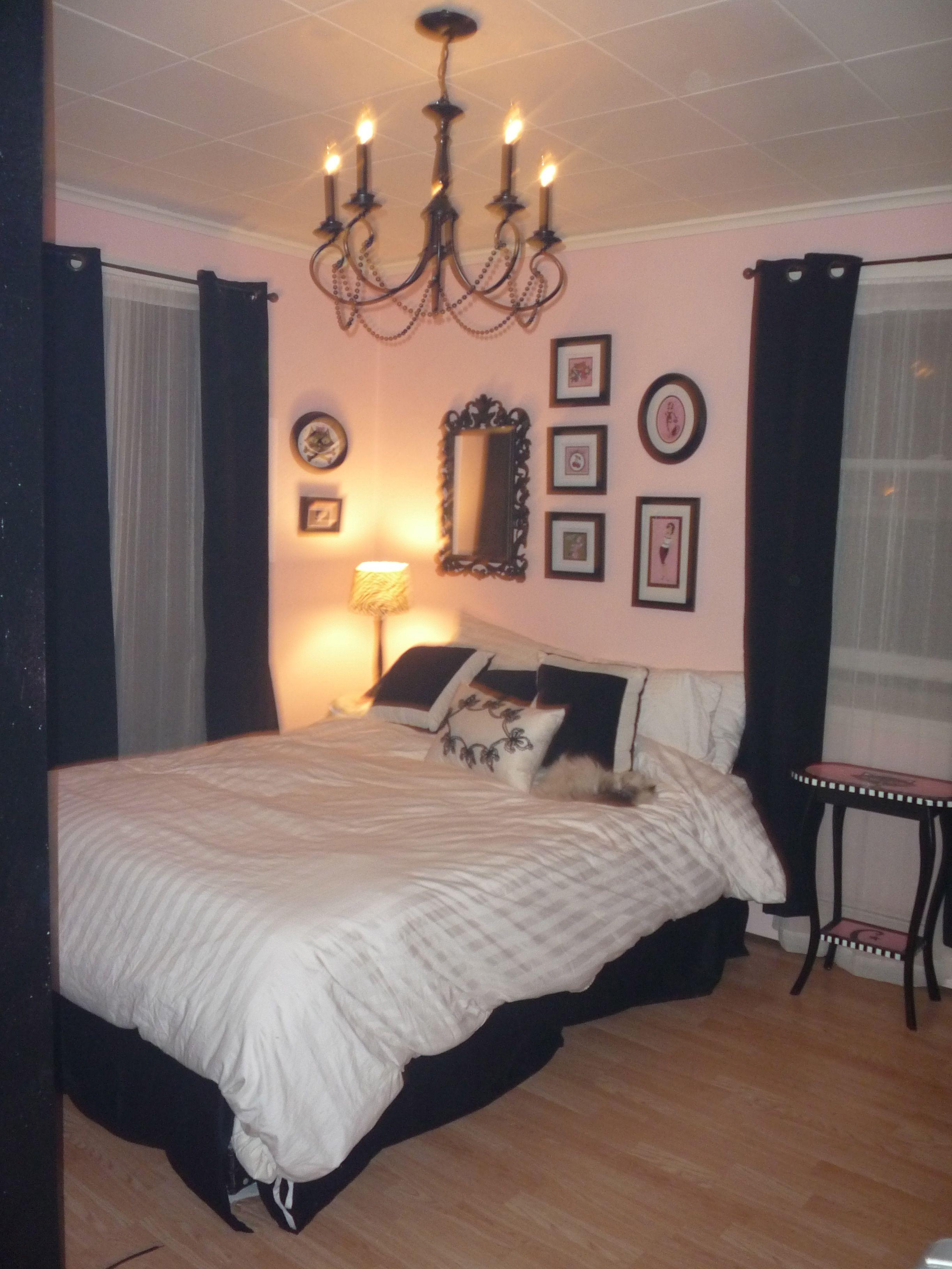 Pink And Black Bedroom Pink Black Bedrooms Twin Girl Bedrooms Room Colors