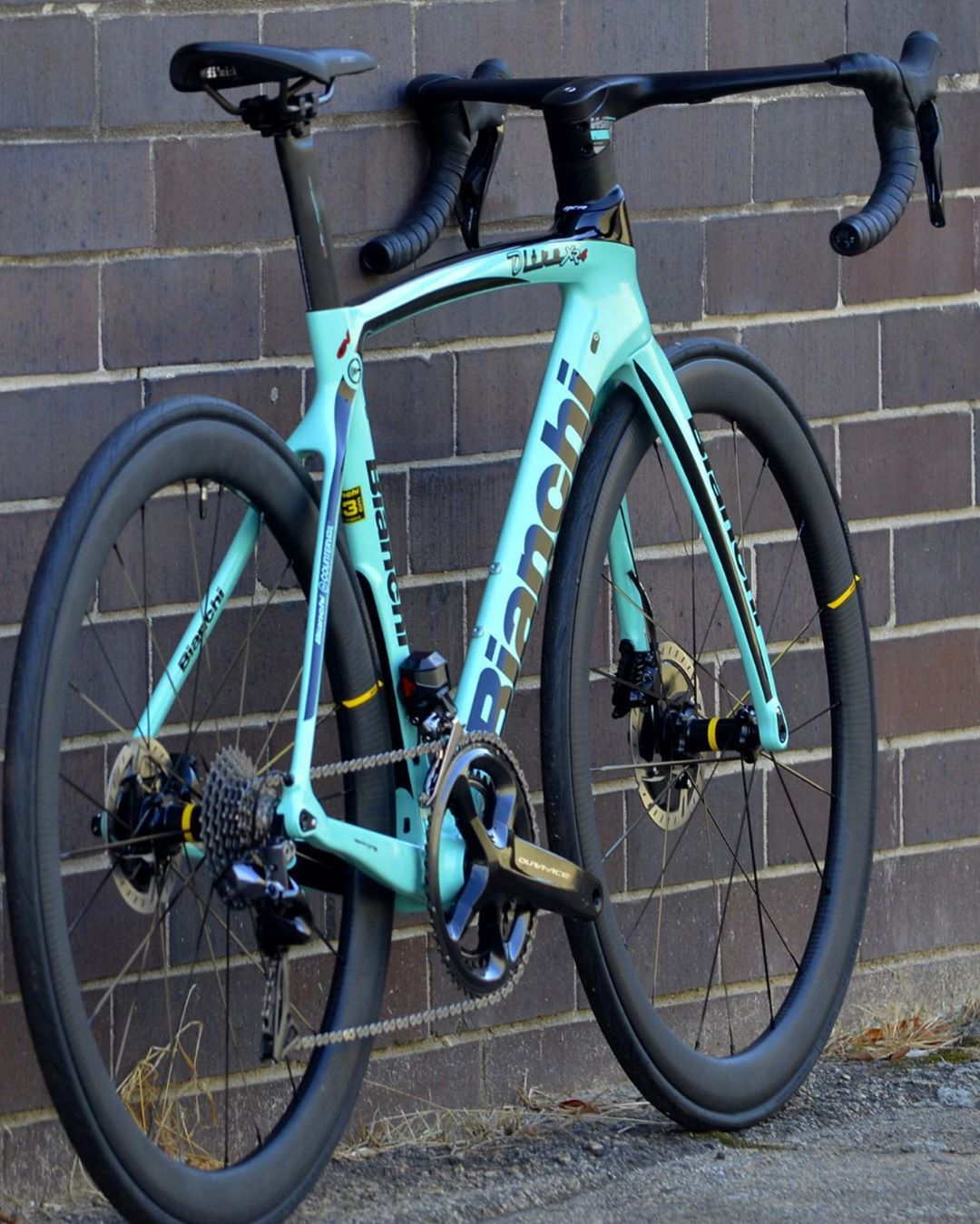 Pin By Surya Bagus R On Colour Reference In 2020 Bike Cool Bikes Bianchi Bicycle