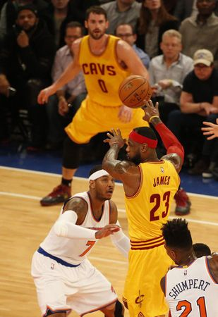 New York Knicks take on LeBron James and the Cleveland Cavaliers - Photo Gallery - cleveland.com