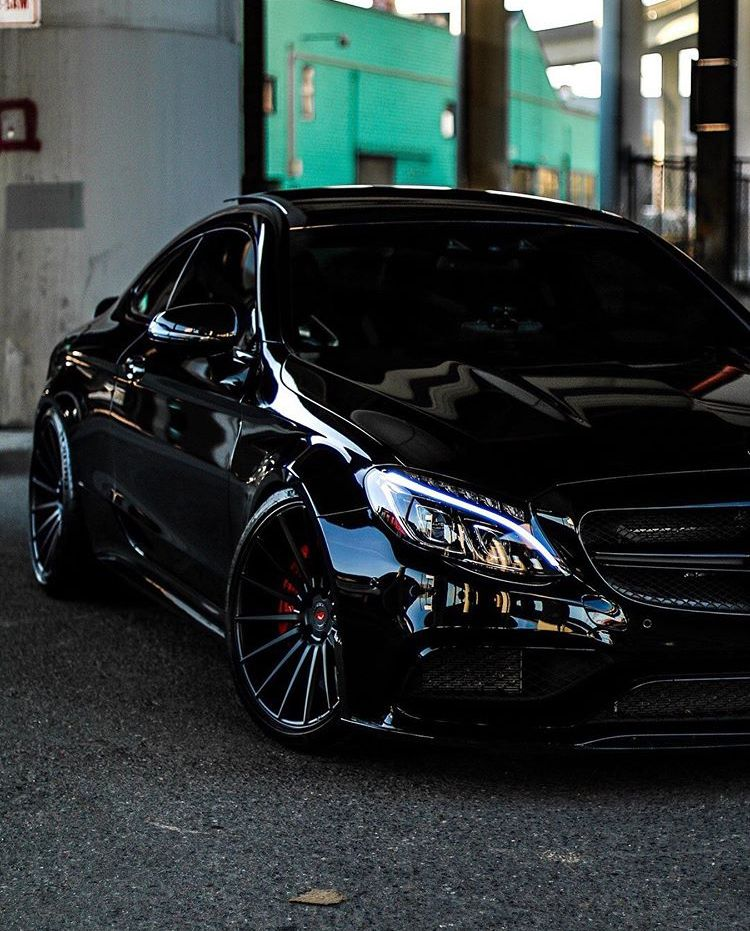 Mercedes All Black C63 Amg Super Luxury Cars Mercedes Benz Amg Benz