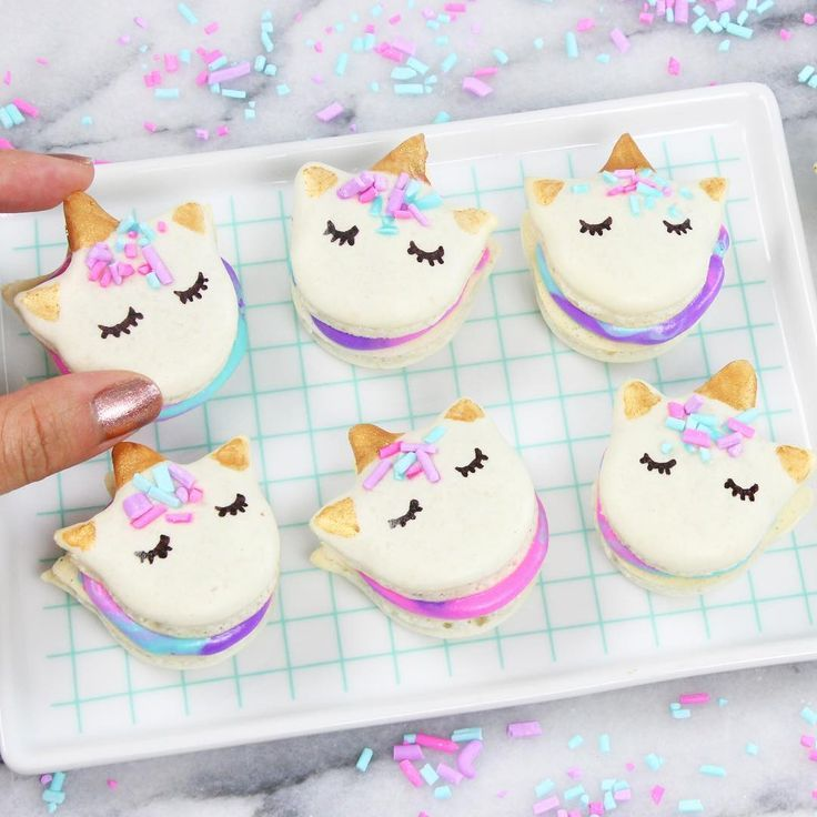 Unicorn macarons Quieres Hacer Unos Macarons Deliciosos Youtube kawaiisweetworld! How to make mini Unicorn Macarons! :) Espero que te haya servido