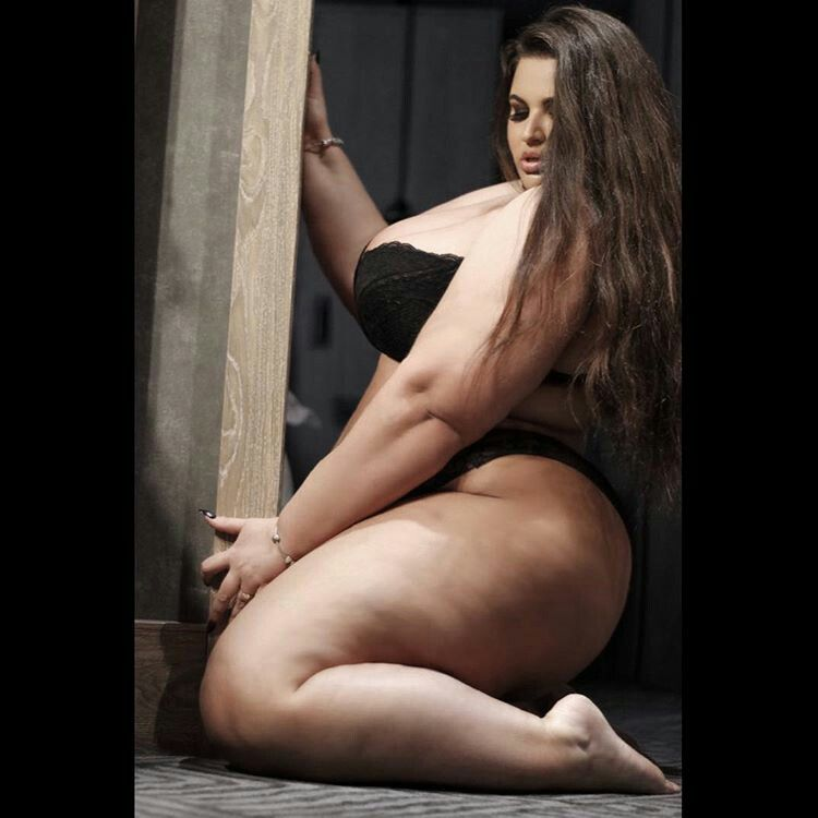 Date Super Sized Woman Find The Best Ssbbw Dating Site -9300