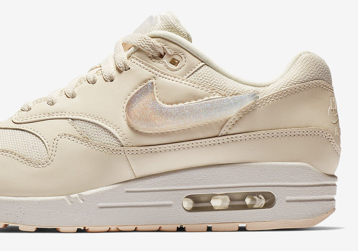 Nike Air Max 1 Jewel Swoosh AT5248 001 AT5248 500 AT5248 100