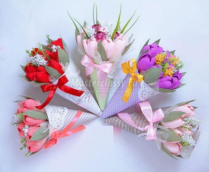 Изготовление букетов из бумаги и конфет своими руками