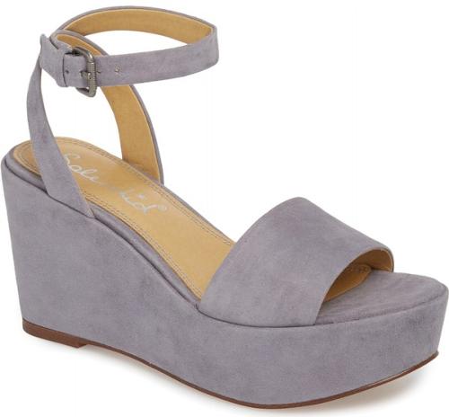 Splendid Felix Platform Wedge Sandal In Grey A Chunky Platform And Wedge Underscore The 70s Inspired Luxury Shoes Women Platform Wedge Sandals Womens Sandals