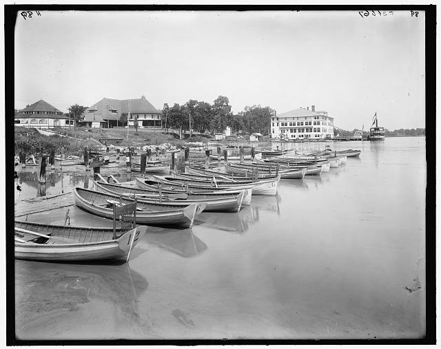 Reeds Lake and Ramona Pavilion - c. 1910