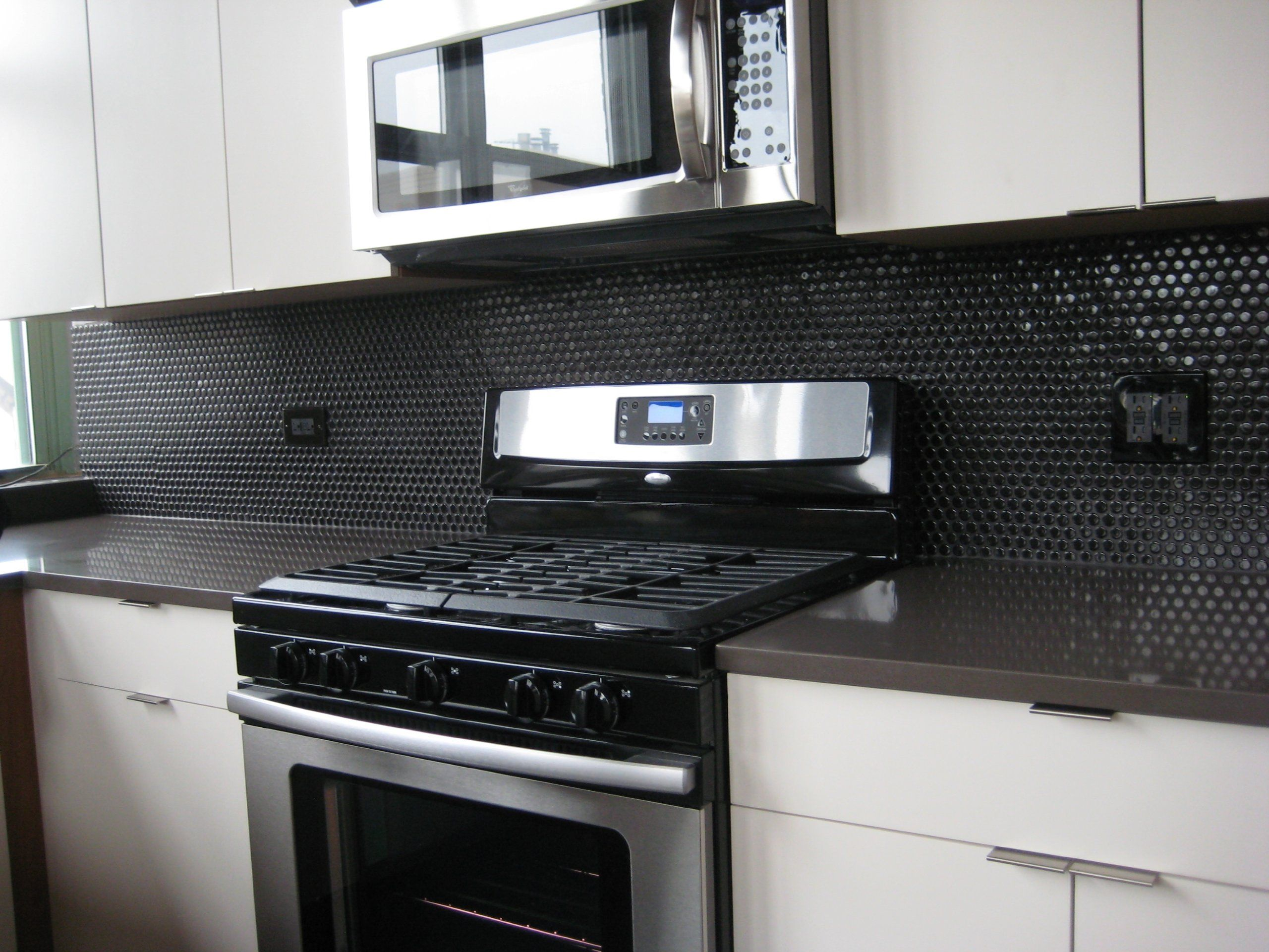 Penny Round Tile Black Porcelain Mosaic Shiny Look Ceramic Tiles Amazon Com Trendy Kitchen Tile Black Backsplash Tile Backsplash