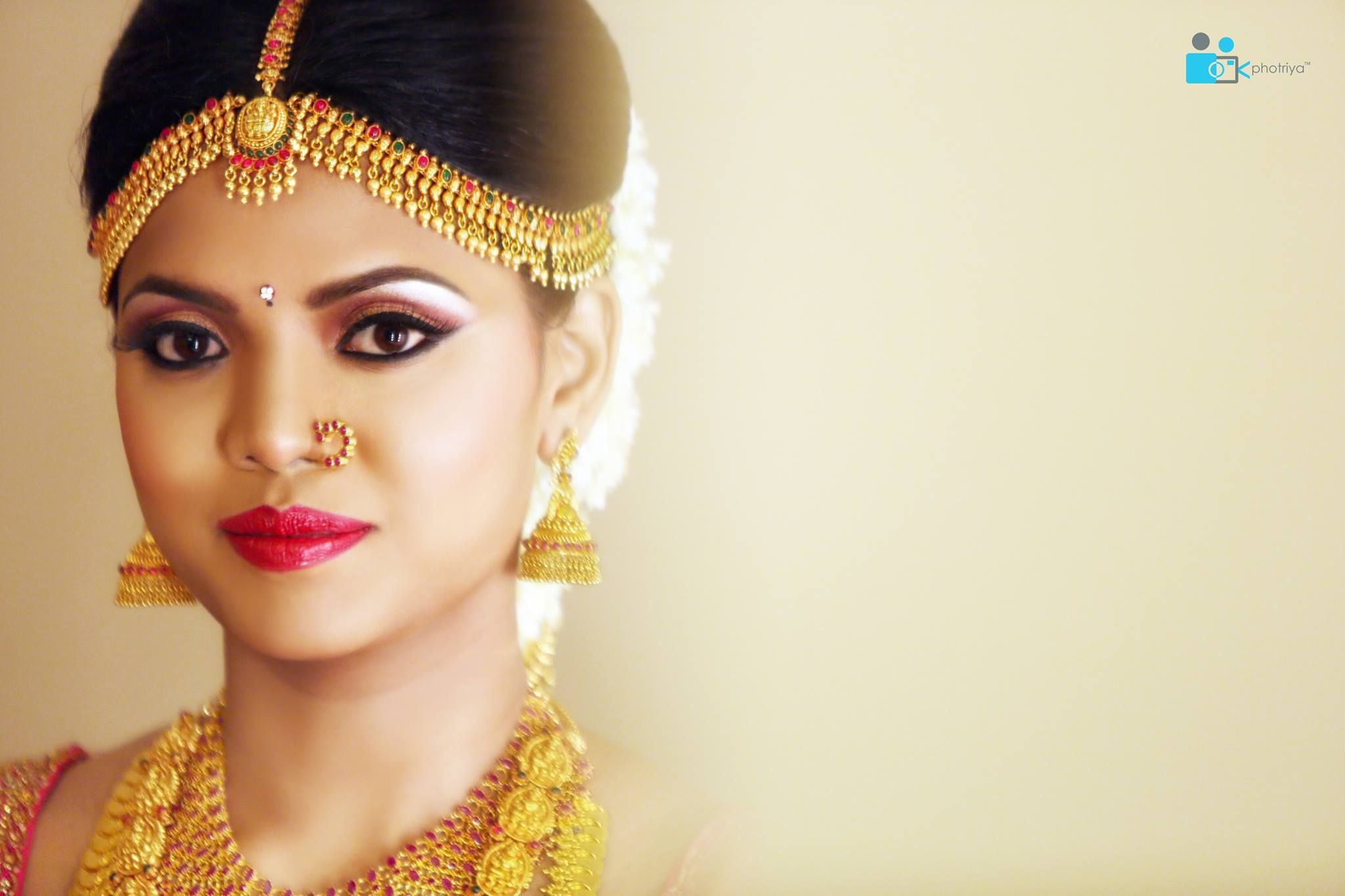 South Indian bride. Kanchipuram silk sari. Temple jewelry. Braid ...
