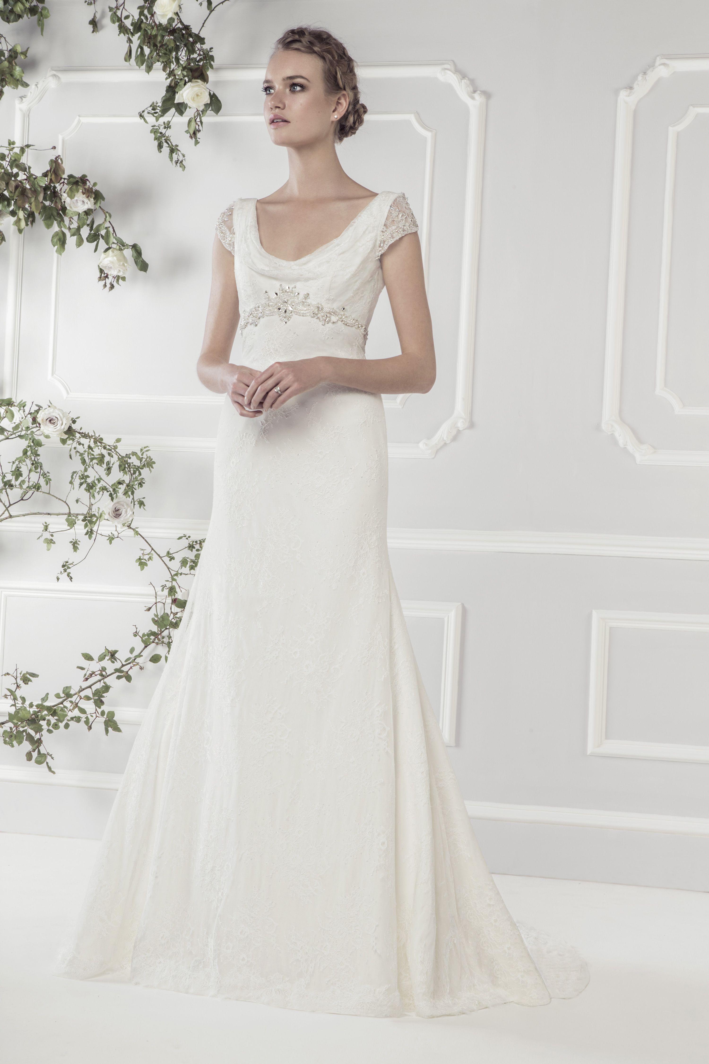 Bellethemagazine wedding dresses   Ellis Bridals Classic Collection   Floor Ivory Mermaid / Trumpet Scoop $$ ($1,001-2,000)