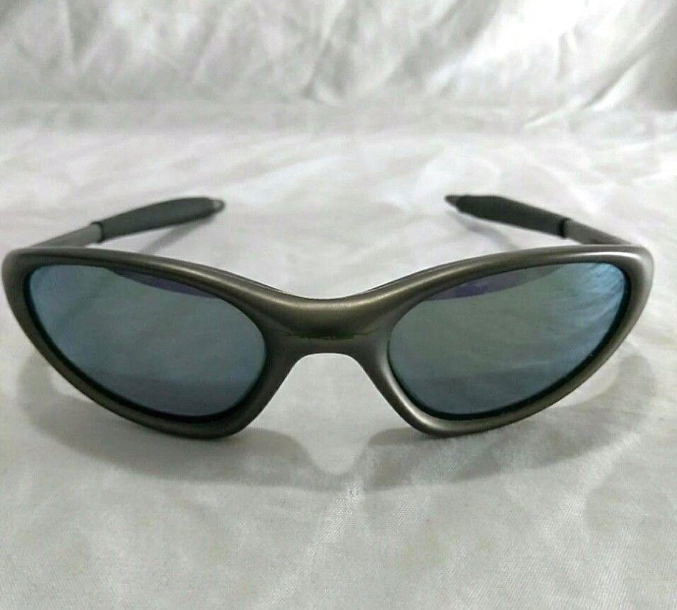 3c3de40b52 Oakley Mens Minute 1.0 Vintage Gray Frame Sunglasses Oakley Glasses Gray  Sport  Oakley  Vintage
