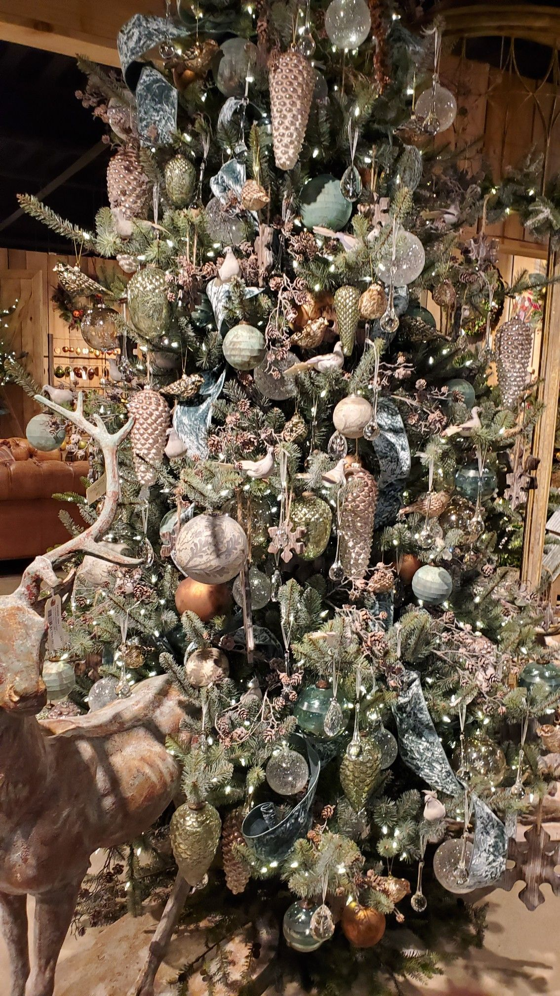 Pin by Kara Mallouk on Christmas Concepts in 2020   Christmas tree design, Holiday decor ...