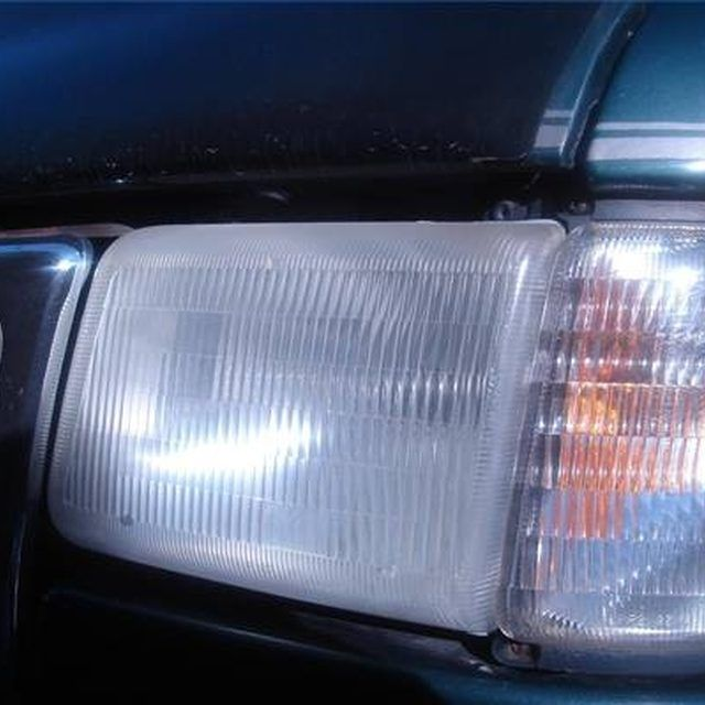 How To Clean Oxidized Plastic Headlights Vinegar Pinterest