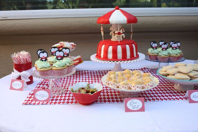 It's a Jolly Holiday party!