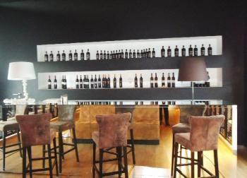 on aime le back bar d co brut de pomme pinterest vin cave et brut. Black Bedroom Furniture Sets. Home Design Ideas