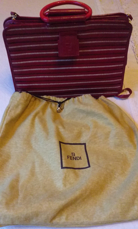 02801d99a9 FENDI, sac cuir Fendi, vintage, parfait état,made in Italy, deign,  créateur, maroquinerie luxe, rouge, authentique, logo, mode,cadeau Noël de  la boutique ...