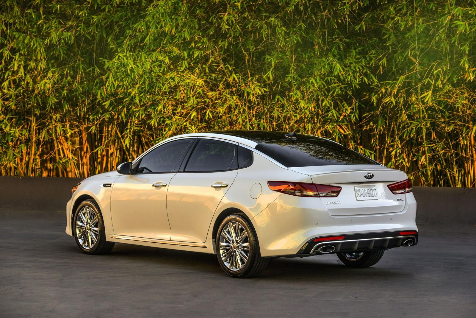 2016 Kia Optima 8 Images 2015 New York Auto Show 2016 Kia Optima Kia Optima Kia Sedan