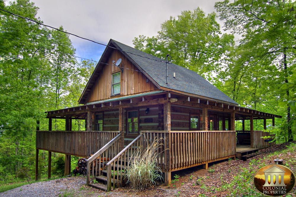 Smoky Mountain Cabins For Rent In Gatlinburg And Pigeon Forge Tn Smoky Mountains Cabins Cabins And Cottages Cabin