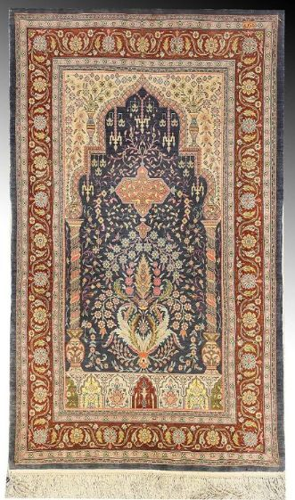 Turkish Hereke Silk Prayer Rug Early C