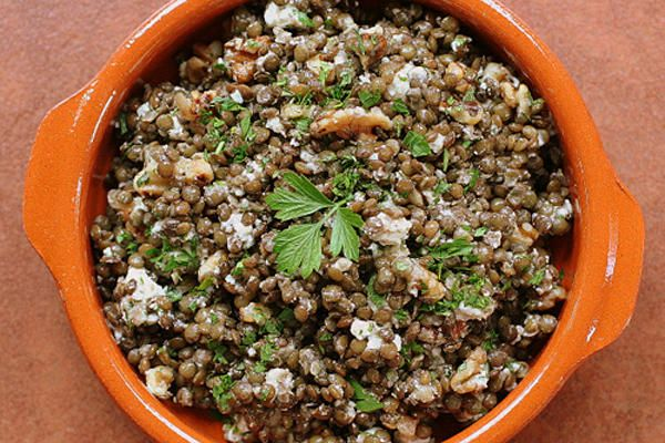 French lentil salad with walnuts and goat cheese - CSMonitor.com