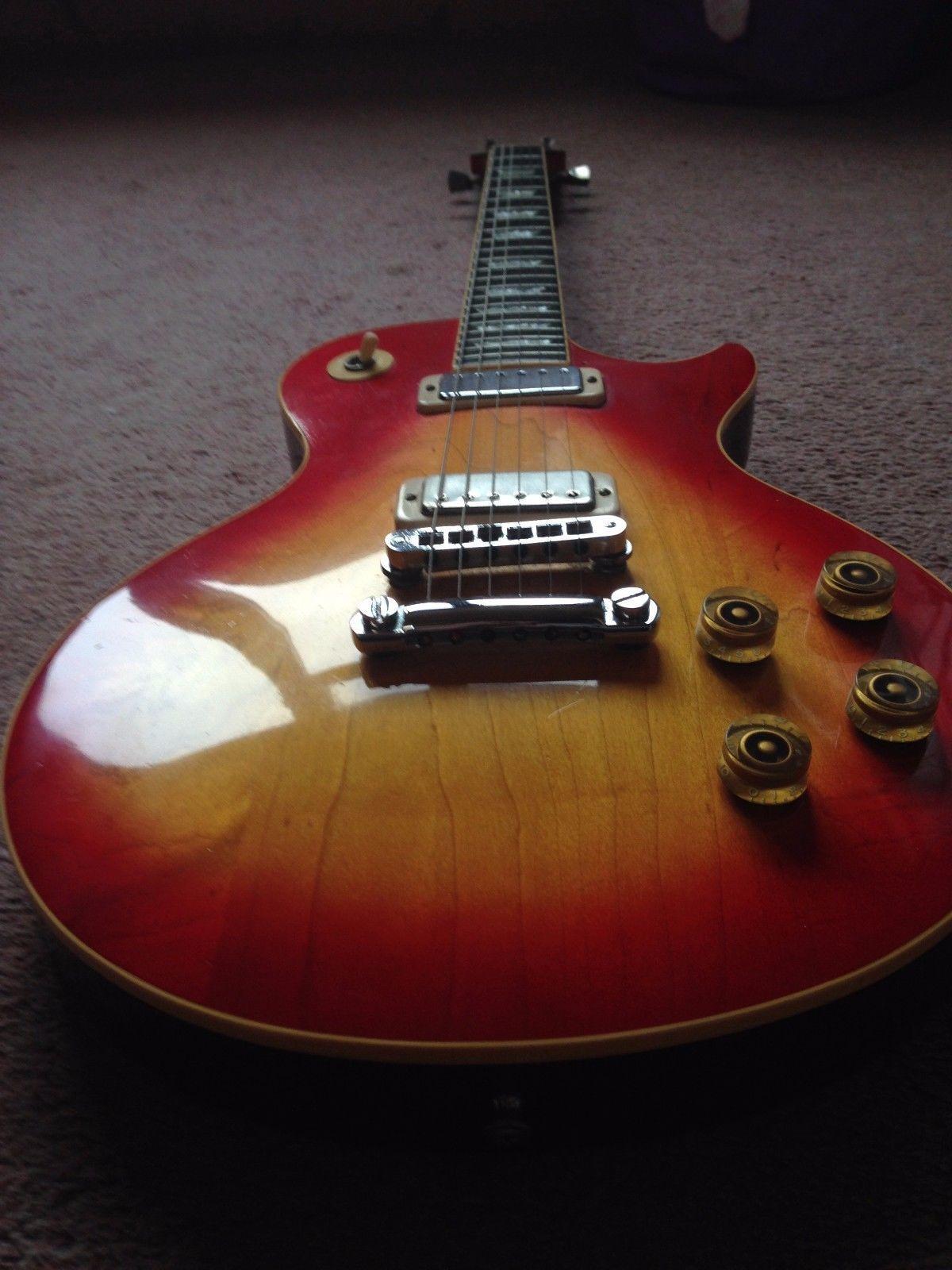 Gibson 1979 Les Paul Deluxe Electric Cherry Sunburst Guitar Hard Case Guitar Les Paul Epiphone Guitars