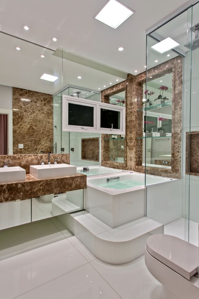 Ba os de estilo por arquiteto aquiles n colas k laris - Banos de casas modernas ...