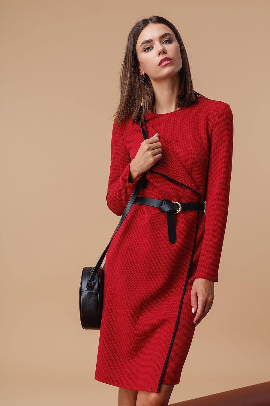967f5e656f4 Дополни платье лодочками и сумкой чёрного цвета для создания образа в  деловом стиле. Если тебе