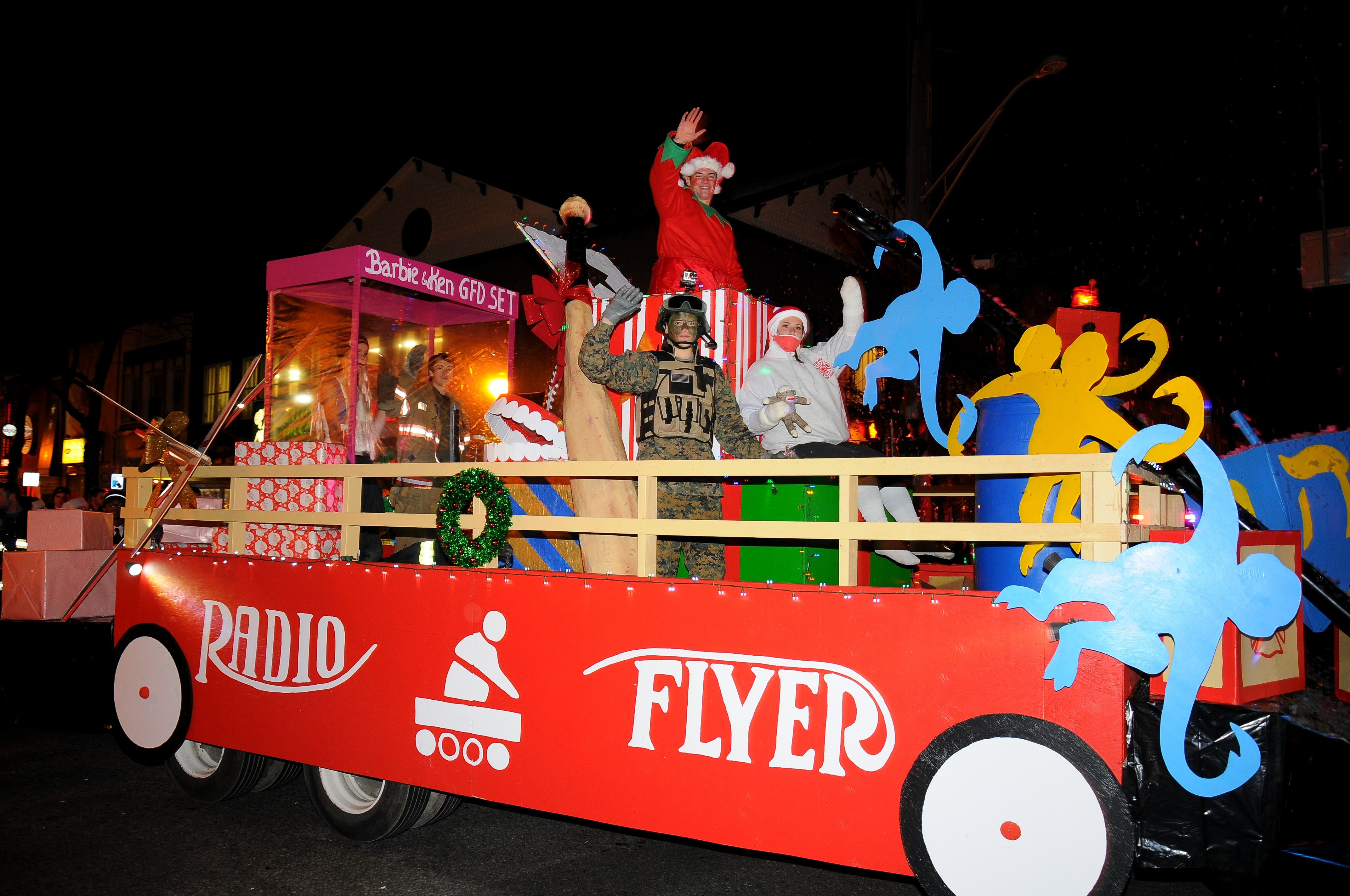 Christmas Float Ideas.Toys From 1970s Christmas Parade Floats Greenlawn Fd Radio