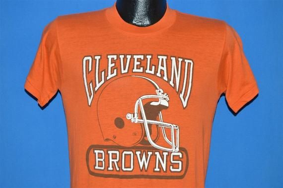 e36c398c 80s Cleveland Browns Helmet t-shirt Small in 2019   Products ...