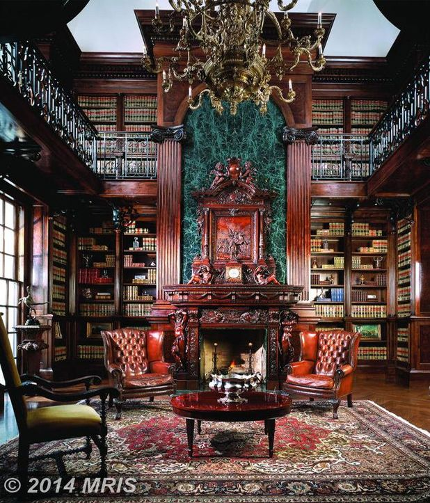 Cozy Home Libraries: Traditional Library With Built-in Bookshelves, Balcony And
