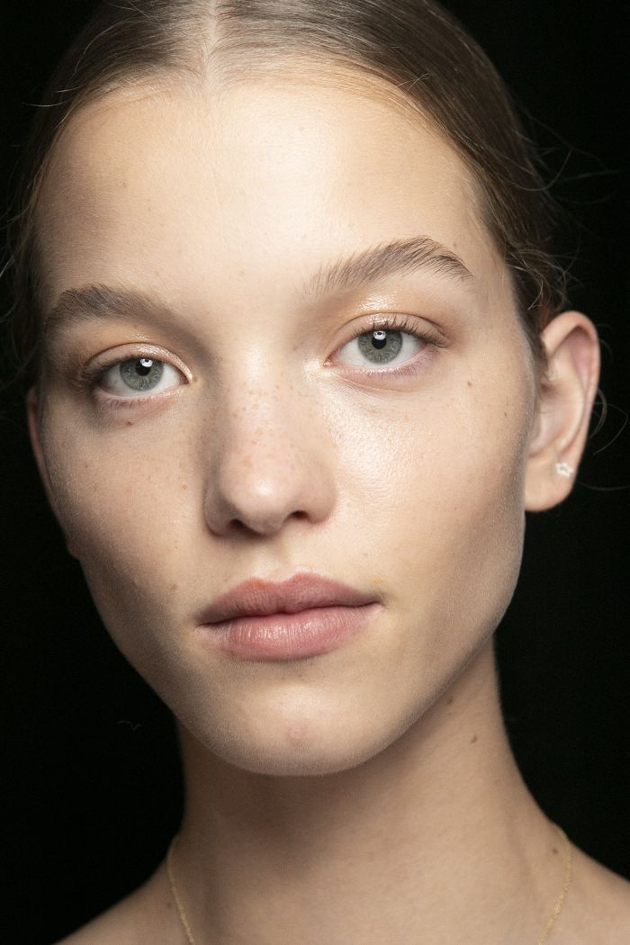How to Get Perfectly Arched Eyebrows No Matter You #ARCHED #Brow #eyebrows #matter #natural #natural_brows #perfectly #shape #naturalbrows