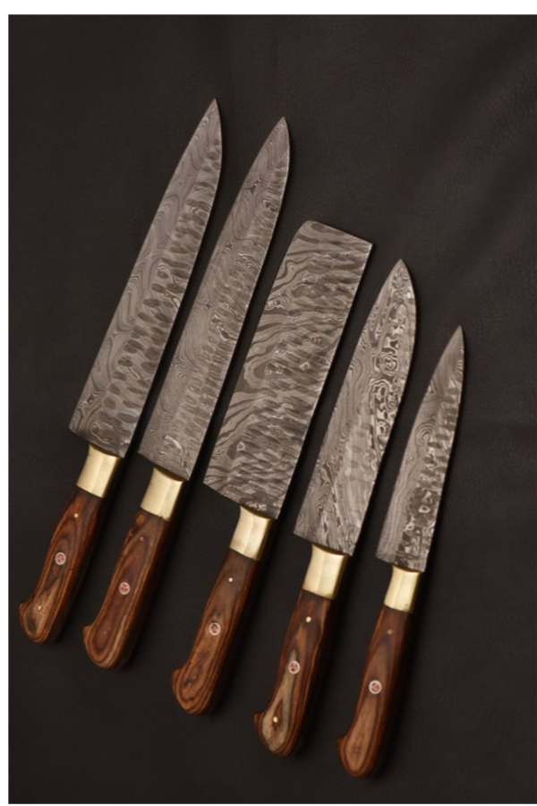 Chef Knives Set Made Of Damascus Steel Are Purely Handmade Design For Cooking And Photography Most Of Professiona Damascus Steel Knife Damascus Kitchen Knives
