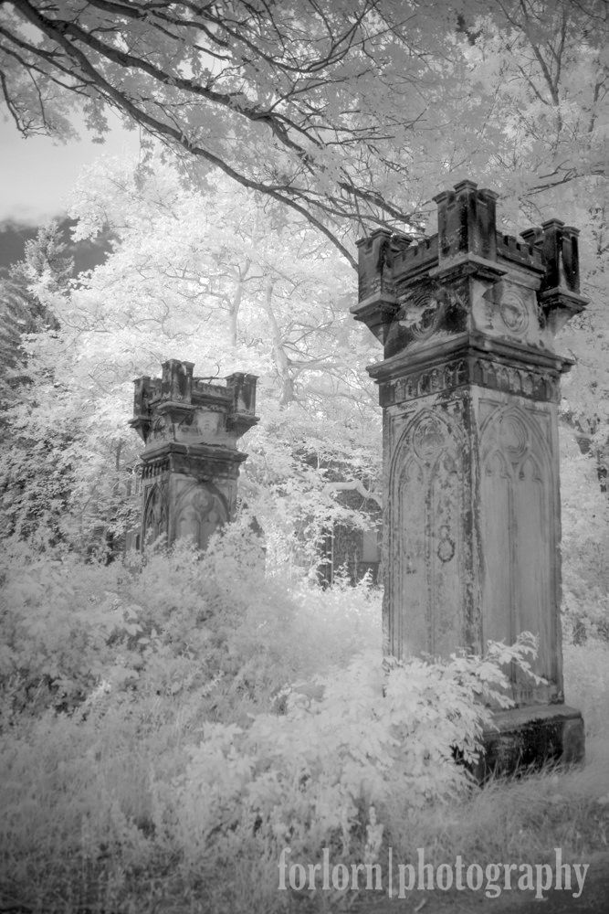 https://flic.kr/p/weGQcc | Ghostly Pillars | Abandoned estate in Germany…