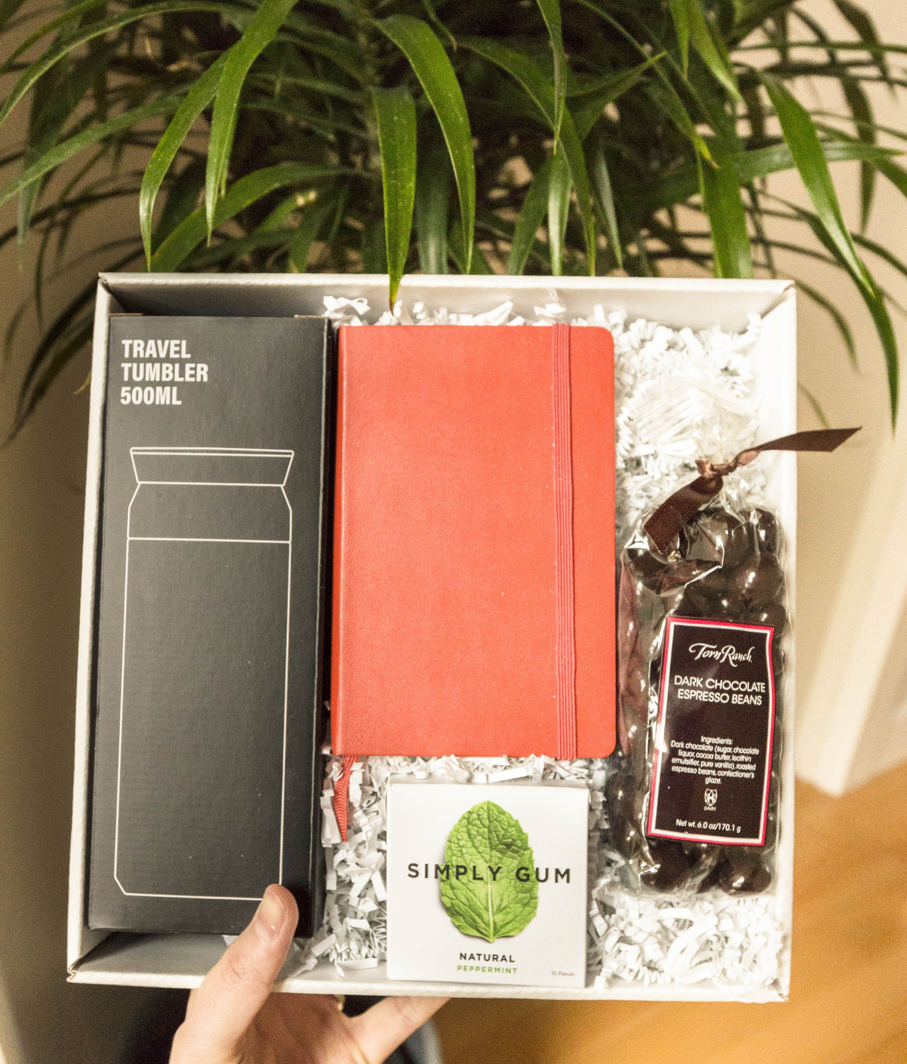 Employee gift box! Corporate gifts may seem daunting but
