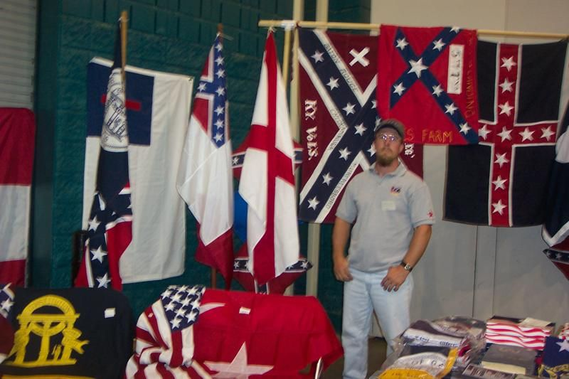 Southern Pride Has Been Making Replica Confederate And Other Historical Flags And Is Dedicated To The Historical Au Pride Flags Southern Pride Historical Flags