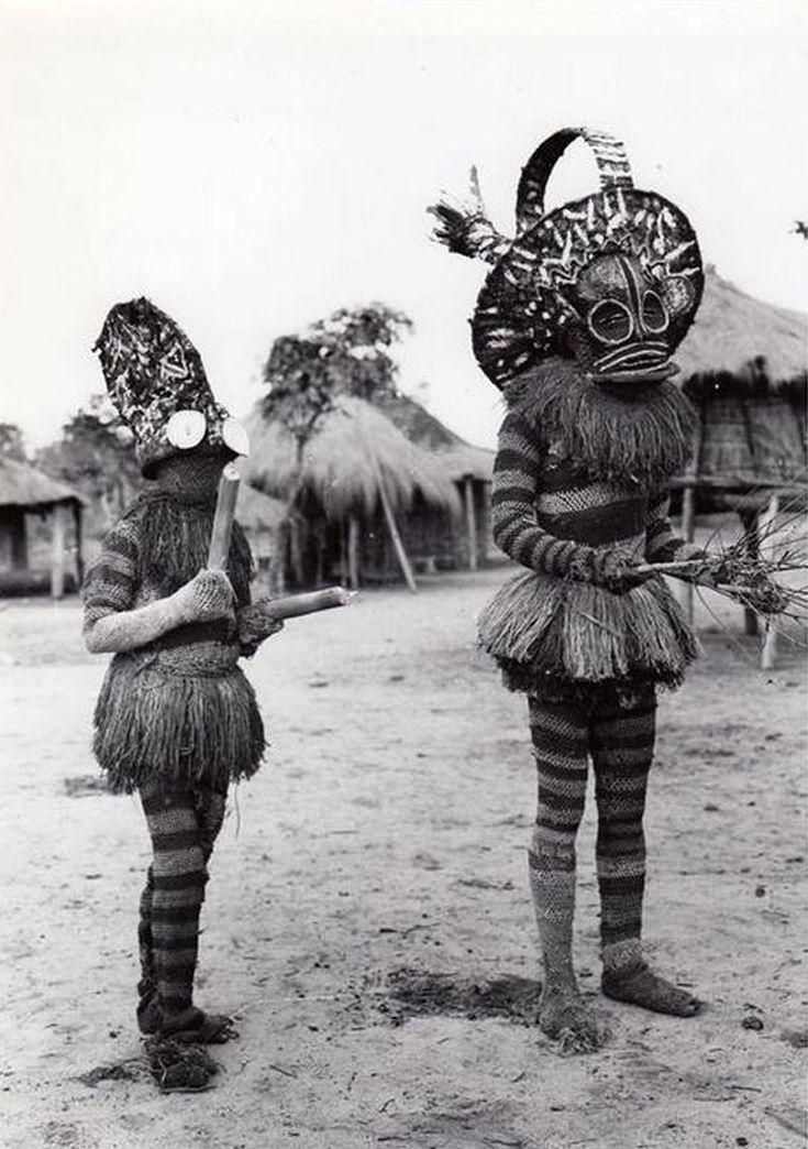 """Africa   """"Maîtres Danseurs Batshioko, durant les cérémonies d'initiation"""". Territoire de Sandao, Province Du Katanga, Congo """". ca 1931   Vintage press photo by E. Steppé"""
