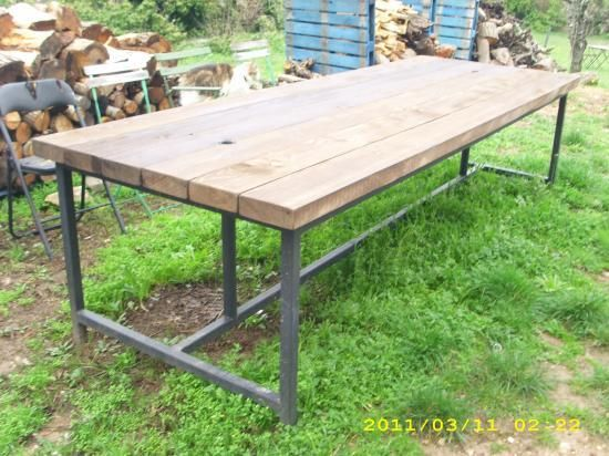 Table d 39 exterieur en bois m tal bois pinterest for Table exterieur diy