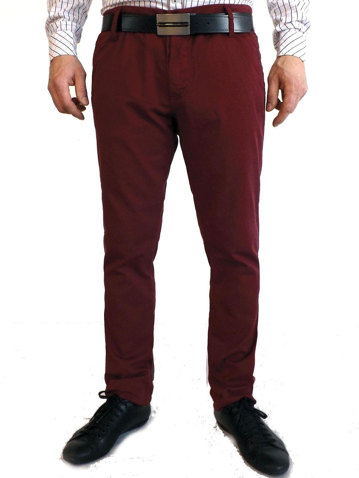Pantaloni da uomo casual slim fit. 97% cotone, 3 % elastane