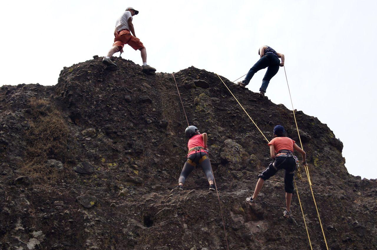 Disciplina y Seguridad para realizar una satisfactoria experiencia de Rappel.  Rappel Safety.  Tepoztlán, Morelos.