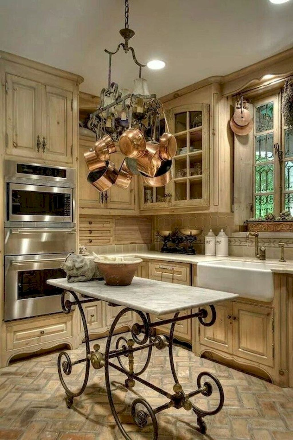 80 Simple French Country Kitchen Decor Ideas Country Kitchen