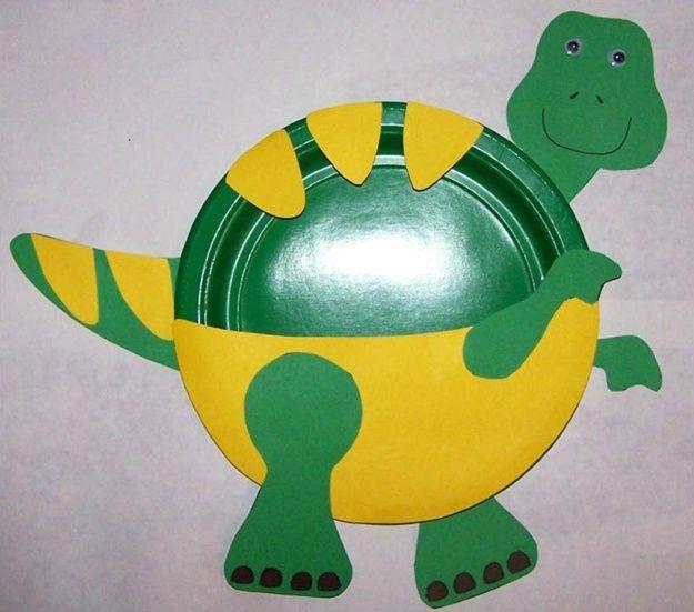 Trabajos manuales para niños #dinosaurios - un plato desechable