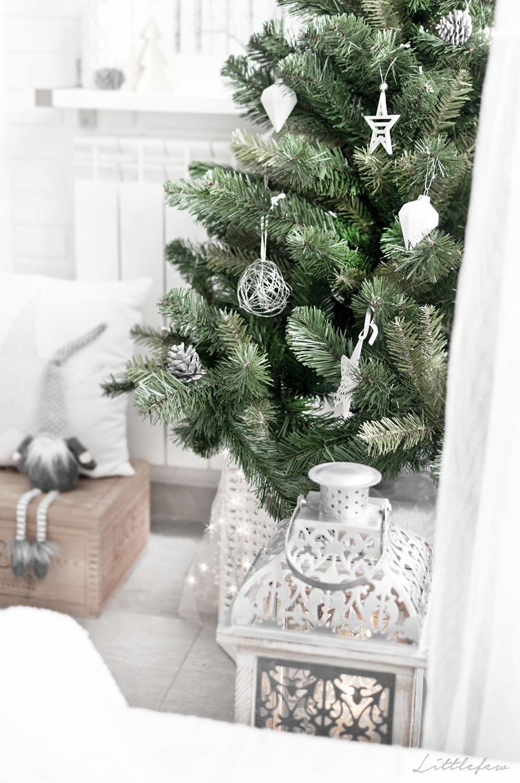 littlefew blog our new christmas decoration white decor natural decor christmas