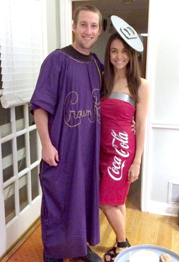 Great and easy tutorial for DIY Crown and Coke Couples Halloween costumes!  sc 1 st  Pinterest & Crown and coke anyone | Pinterest | Couple halloween Coke and ...