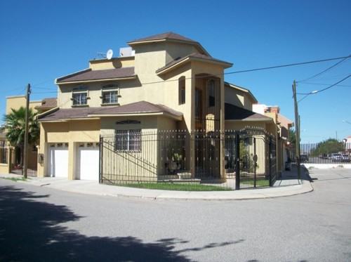 if you are interested in this property, click on the image Si estas interesado en comprar esta propiedad, da click en la imagen
