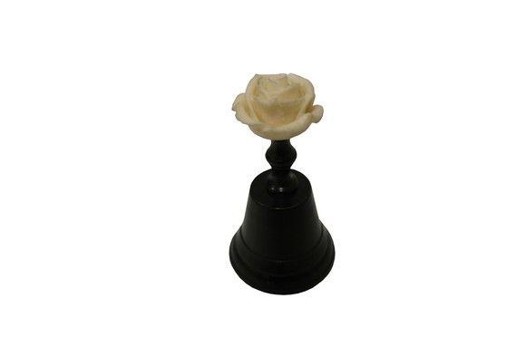 Dzwonek Z Różą