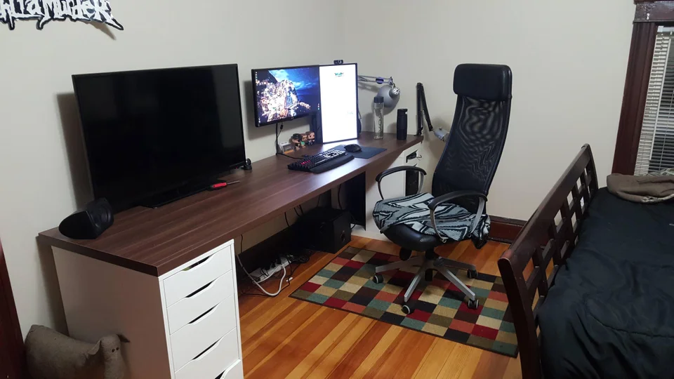 Ikea Countertop Desk 98 Inches Battlestations In 2020 Countertop Desk Ikea Gaming Desk Ikea Alex Desk