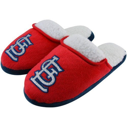 9b8e4bbe70342 Best slippers! | Christmas ideas | St louis cardinals, Slippers ...