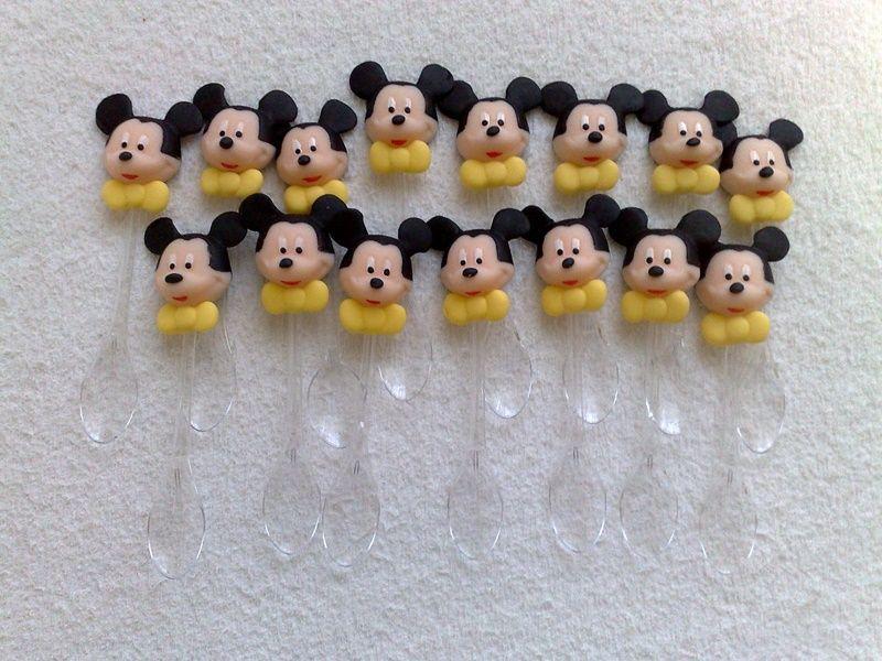 Colherzinhas para doces decorada com o Mickey em biscuit.